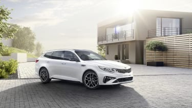 This is the facelifted Kia Optima, which will be revealed at the Geneva Motor Show