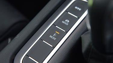 Volkswagen Passat GTE Estate driving selection buttons