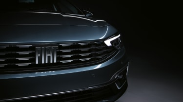 2020 Fiat Tipo Life - front grille and headlight