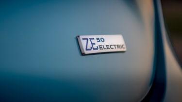 Renault ZOE - rear badge