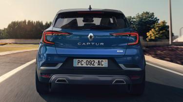 2021 Renault Captur R.S. Line and SE Limited trims
