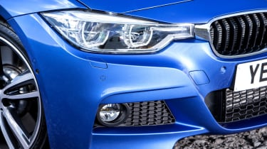 The 3 Series Touring can feature advanced headlights which dip automatically for oncoming traffic