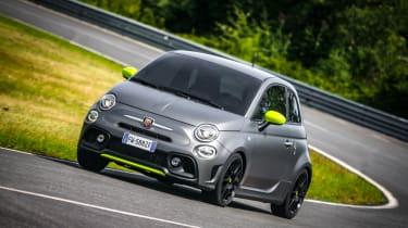 Abarth 595 Pista - front 3/4 dynamic