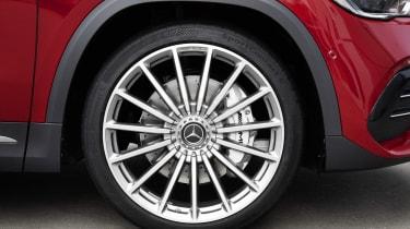 Mercedes-AMG GLA 35 alloy wheel