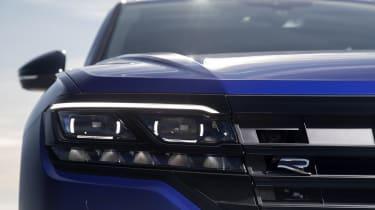 Volkswagen Touareg R headlight