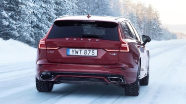 Volvo V60 T8 Twin Engine hybrid rear tracking