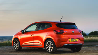 2019 Renault Clio - rear 3/4 static view