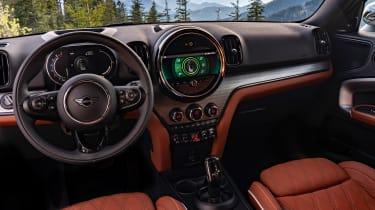 Facelifted 2020 MINI Countryman Cooper S - interior