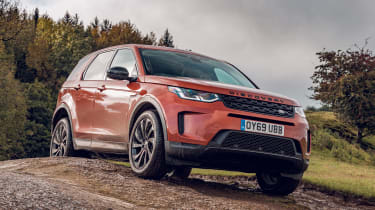 Land Rover Discovery Sport front 3/4 off-road