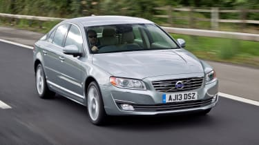 Volvo S80 - front 3/4 dynamic