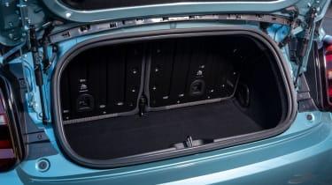 Fiat 500 hatchback boot