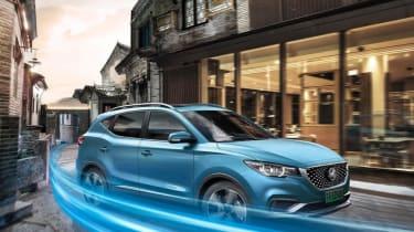 MG eZS - front quarter driving