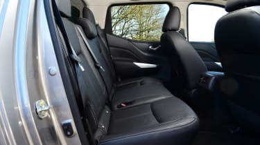 Nissan Navara - rear seats