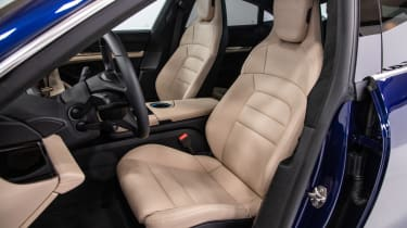 Porsche Taycan Turbo S - front seating