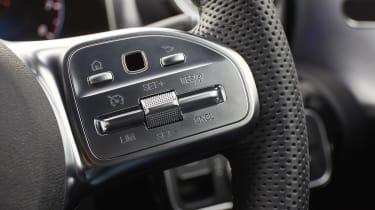 Mercedes CLA Shooting Brake steering wheel controls