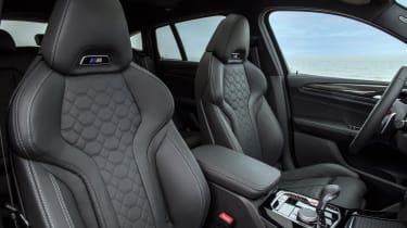 2021 BMW X4 M - front seats