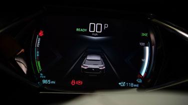 DS 3 Crossback E-Tense SUV instrument panel