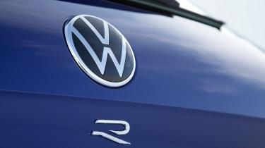 Volkswagen Touareg R badge