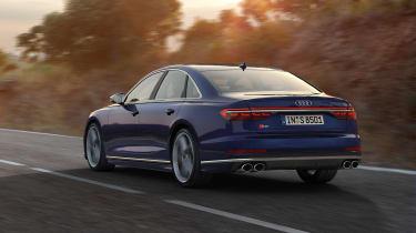2019 Audi S8 dynamic 3/4 rear