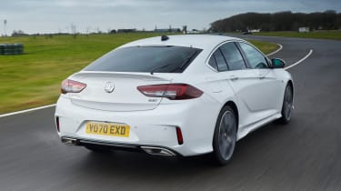 2021 Vauxhall Insignia - rear 3/4 view dynamic