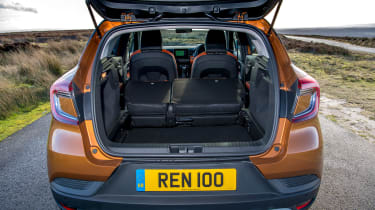 Renault Captur SUV boot