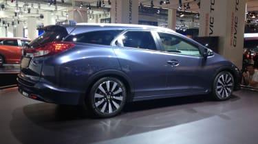 Honda Civic Tourer rear quarter static