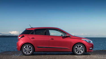 With 99 or 118bhp and economy of up to 65.7mpg, it makes the i20 faster and more economical