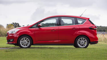 A high roof gives extra headroom for all occupants of the C-MAX compared to a regular hatchback