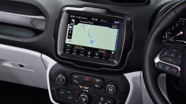 Jeep Renegade sat nav