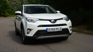 With a total of 195bhp on tap, the RAV4 Hybrid can get from 0-62mph in 8.4 seconds