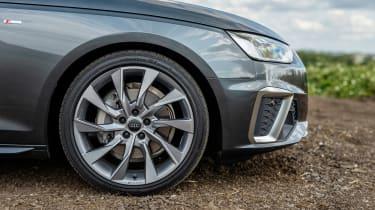 Audi A4 Avant estate alloy wheels
