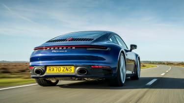Porsche 911 coupe rear tracking