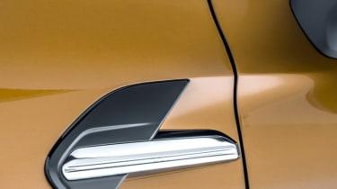 2020 Renault Captur - side detailing close up