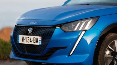 Peugeot e-208 hatchback headlights