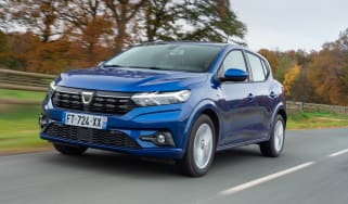 Dacia Sandero hatchback review gallery
