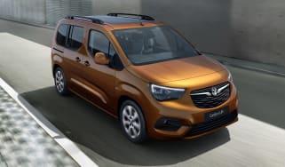 Vauxhall Combo-e Life driving