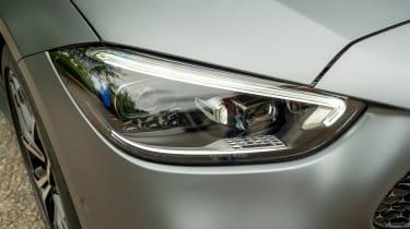Mercedes C-Class saloon headlights