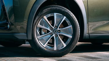 Lexus UX 300e SUV alloy wheels