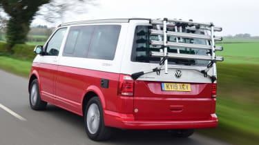 Volkswagen California Ocean - rear 3/4 driving