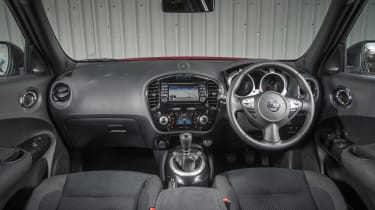 Inside, the Juke is just as funky as it is outside. With hard plastics and glossy black finishes, it looks good, although it doesn't feel as well made as some close rivals.