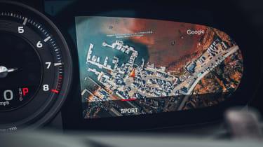 Porsche 911 Targa navigation