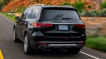 Mercedes GLS SUV rear tracking
