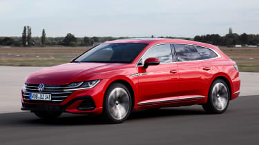 2020 Volkswagen Arteon Shooting Brake estate -hybrid front 3/4 view