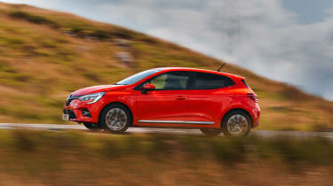 Renault Clio - side dynamic