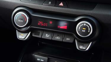 Kia Rio hatchback climate controls
