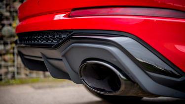 Audi RS Q3 exhaust