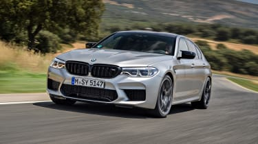 BMW M5 Competition - front 3/4 dynamic