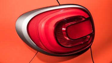 Fiat 500L tail-light