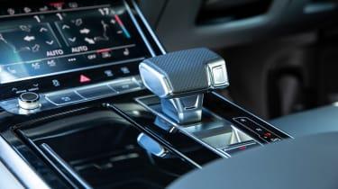 Audi Q7 SUV gearlever