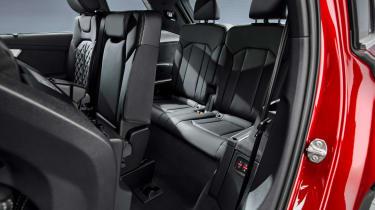 Audi Q7 SUV facelift third row
